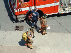 firemen-at-work-416232-m.jpg
