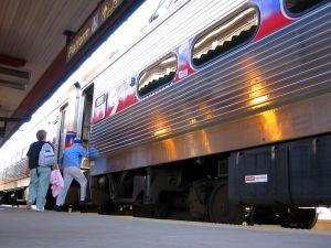 train-1-512831-m.jpg