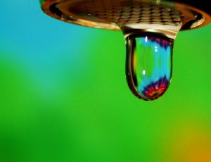 784px-Free_Happy_Rainbow_Water_Droplet_on_Green