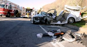800px-Two-car_collision_in_the_USA