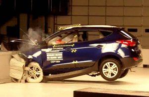 IIHS_Hyundai_Tucson_crash_test